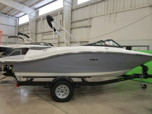 New Sea Ray SPX 190SPX 190 Cruiser Boat For Sale