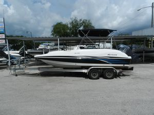 New Hurricane 202202 Deck Boat For Sale