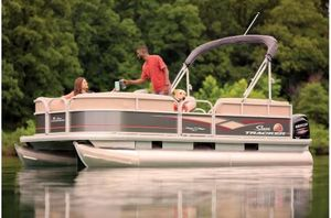 New Sun Tracker Party Barge 18 w/60 ELPT 4S CTParty Barge 18 w/60 ELPT 4S CT Pontoon Boat For Sale