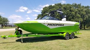 New Moomba MakaiMakai Ski and Wakeboard Boat For Sale