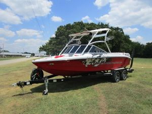 Used Correct Craft SUPER AIR NAUTIQUE 210 TEAM EDITIONSUPER AIR NAUTIQUE 210 TEAM EDITION Ski and Wakeboard Boat For Sale