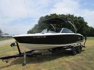 Used Cobalt CS23CS23 Bowrider Boat For Sale