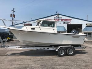 New Parker 2120 Sport Cabin2120 Sport Cabin Saltwater Fishing Boat For Sale