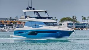 New Prestige 520 Fly520 Fly Flybridge Boat For Sale