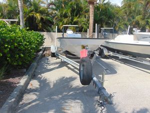 Used Boston Whaler 17 Montauk17 Montauk Center Console Fishing Boat For Sale