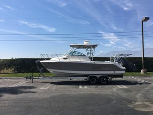 Used Robalo R245 WalkaroundR245 Walkaround Saltwater Fishing Boat For Sale