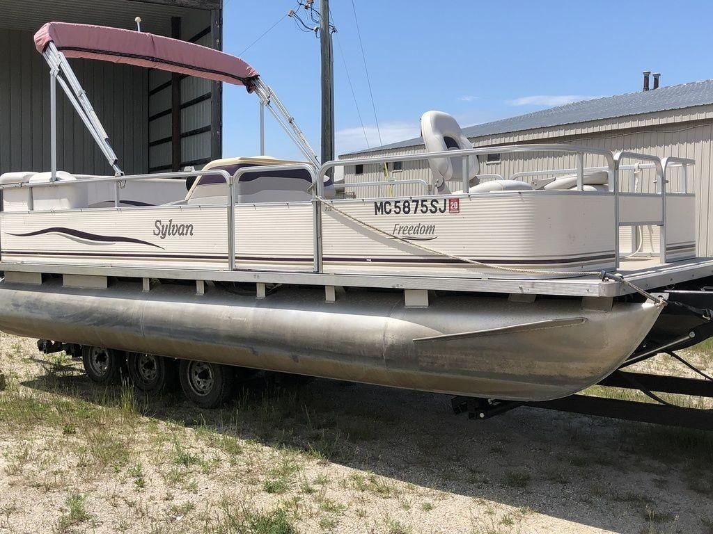 2002 Used Sylvan 820 Freedom820 Freedom Pontoon Boat For
