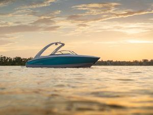 New Regal LS4LS4 Bowrider Boat For Sale