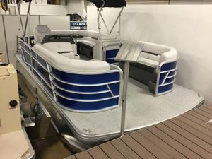 New Sweetwater SW 1886 cSW 1886 c Pontoon Boat For Sale