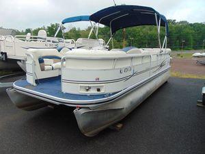 Used Lowe JM220JM220 Pontoon Boat For Sale