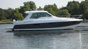 Used Cruisers Yachts 48 Cantius48 Cantius Motor Yacht For Sale