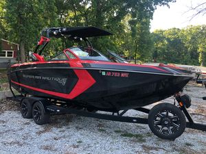 Used Nautique G23G23 Ski and Wakeboard Boat For Sale
