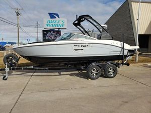 New Chaparral 21 H20 Surf w/Tower21 H20 Surf w/Tower Ski and Wakeboard Boat For Sale