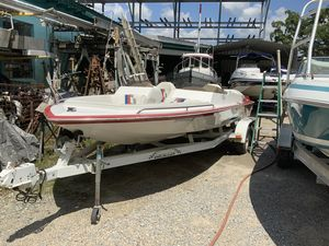 Used Caliber 210 Magnum High Performance Boat For Sale