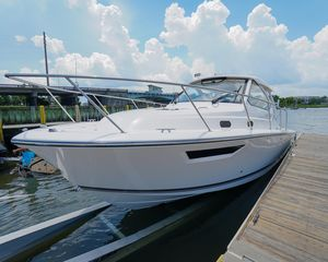 Used Pursuit 325 Offshore325 Offshore Saltwater Fishing Boat For Sale