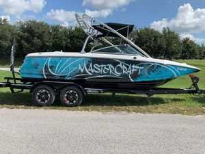Used Mastercraft X2 Wakeboard EditionX2 Wakeboard Edition Ski and Wakeboard Boat For Sale