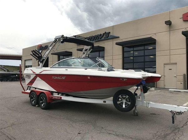 Used Mb 21 Tomcat21 Tomcat Ski and Wakeboard Boat For Sale