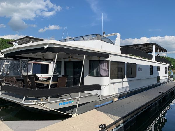 Used Stardust Cruisers 19x8419x84 House Boat For Sale