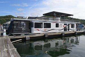 Used Stardust Cruisers 16x7216x72 House Boat For Sale