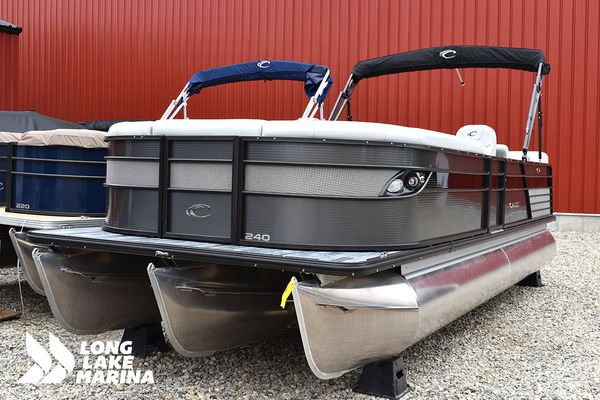 New Crest III 240 SLRCCrest III 240 SLRC Pontoon Boat For Sale