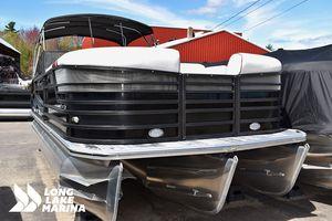 New Crest Continental 250 SLSContinental 250 SLS Pontoon Boat For Sale