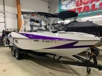 Used Axis T23T23 Ski and Wakeboard Boat For Sale