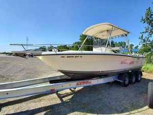 Used Pursuit 2600 CC2600 CC Center Console Fishing Boat For Sale