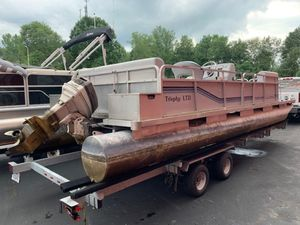 Used Trophy 2424 Pontoon Boat For Sale