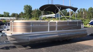 Used Misty Harbor Adventure 2285CRAdventure 2285CR Pontoon Boat For Sale