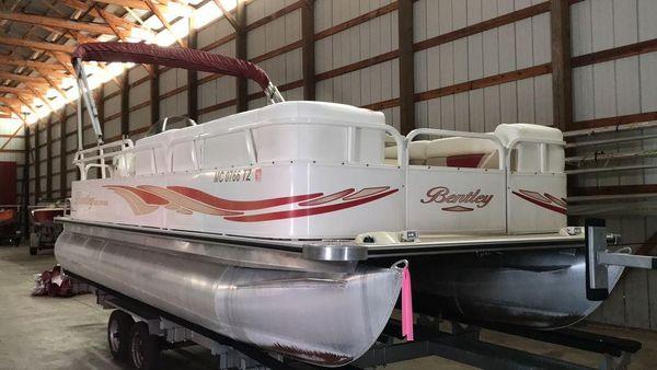 Used Bentley Pontoons 220 Cruise220 Cruise Pontoon Boat For Sale