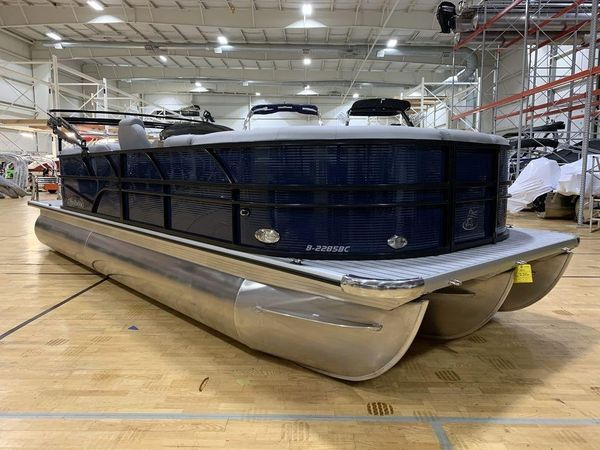 New Misty Harbor Biscayne Bay 2285BCBiscayne Bay 2285BC Pontoon Boat For Sale