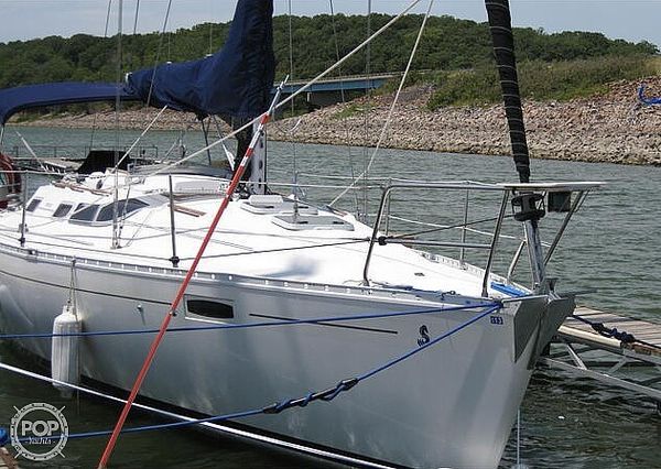 Used Beneteau Oceanis 350 Racer and Cruiser Sailboat For Sale