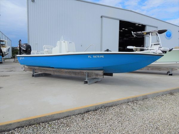 Used Yellowfin 24 Bay Saltwater Fishing Boat For Sale