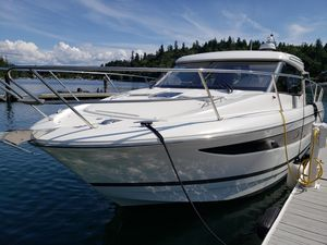 Used Jeanneau NC 11 Express Cruiser Boat For Sale