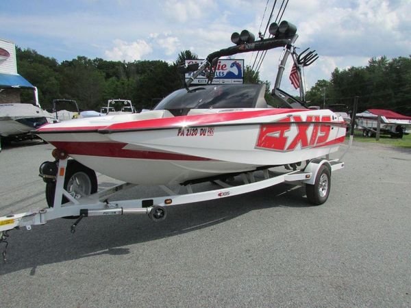 Used Malibu Axis A20Axis A20 Ski and Wakeboard Boat For Sale