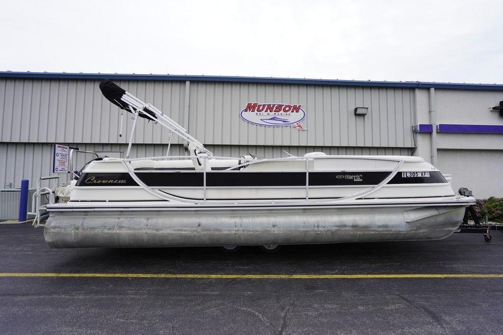 2006 Used Harris Crowne 250crowne 250 Pontoon Boat For Sale