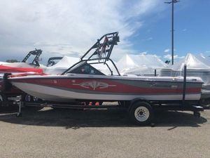 Used Correct Craft 216 Team Edition216 Team Edition Ski and Wakeboard Boat For Sale