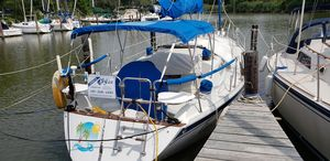 Used Ericson 32 Cruiser Sailboat For Sale
