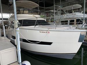 Used Carver C40C40 Flybridge Boat For Sale