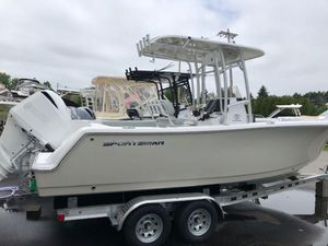 New Sportsman Heritage 231Heritage 231 Center Console Fishing Boat For Sale