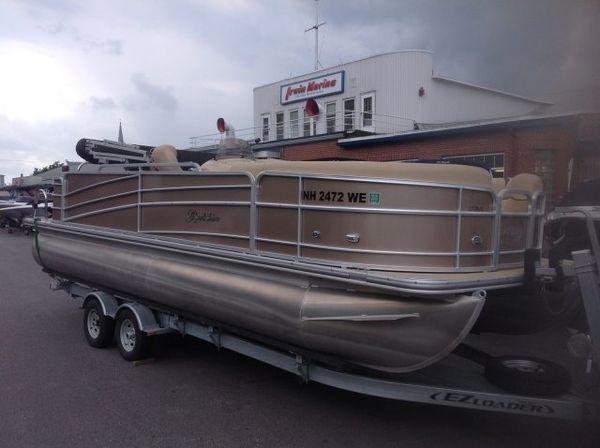 Used Berkshire 231RFC STS231RFC STS Pontoon Boat For Sale
