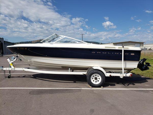 Used Bayliner CAPRICAPRI Bowrider Boat For Sale