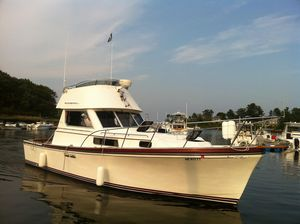 Used Shannon Brendan 32 Flybridge Boat For Sale