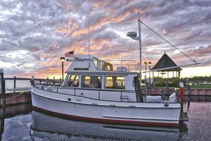 Used Grand Banks 32 Sedan Trawler Boat For Sale