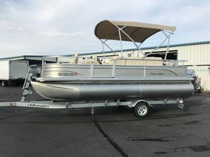 Used Sunchaser 8520 Classic 4.0 Fish8520 Classic 4.0 Fish Aluminum Fishing Boat For Sale