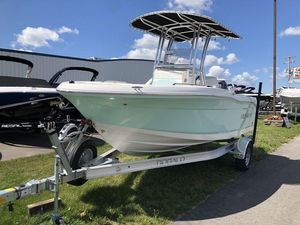 New Robalo R180R180 Center Console Fishing Boat For Sale