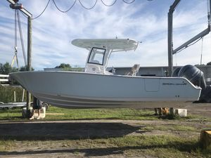New Sportsman 251 Heritage251 Heritage Center Console Fishing Boat For Sale