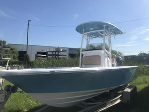 New Sportsman 227 MASTERS227 MASTERS Bay Boat For Sale