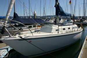 Used Ericson Yachts 32-2 Sloop Sailboat For Sale