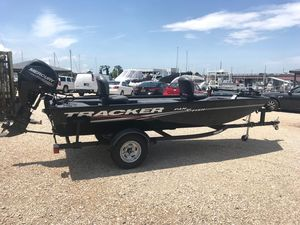Used Tracker Panfish 16Panfish 16 Freshwater Fishing Boat For Sale